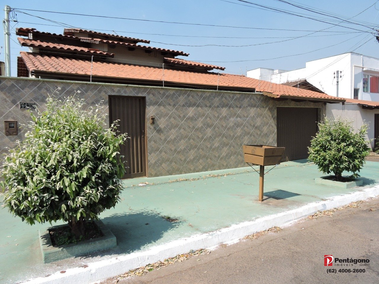 Casa com 4 quartos  e 1 suíte no Jardim Mariliza