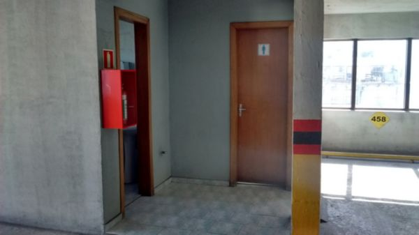 Box de Garagem em Caxias Do Sul | Centro Comercial Alfredo Caberlon