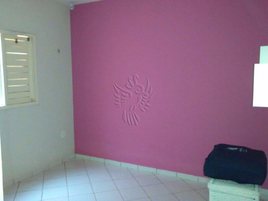 Casa de 3 dormitórios à venda em Presidente Costa E Silva, Mossoró - RN