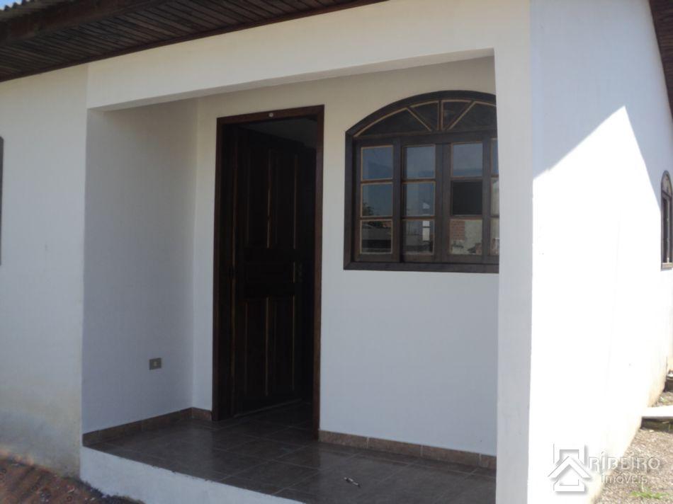 REF. 1530 -  São José Dos Pinhais - Rua  Acelyno Alves, 218 - Casa 01