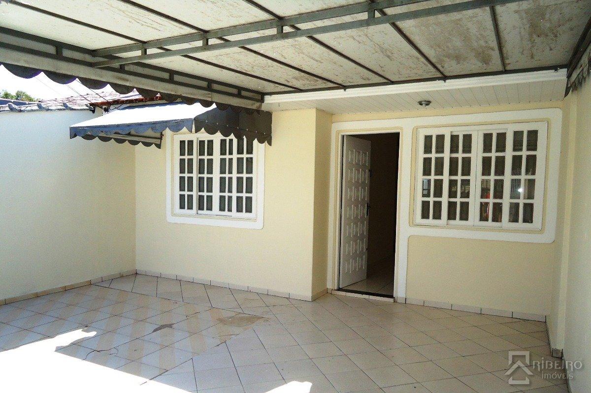 REF. 4839 -  São José Dos Pinhais - Rua  Candido Alves Da Rocha, 513
