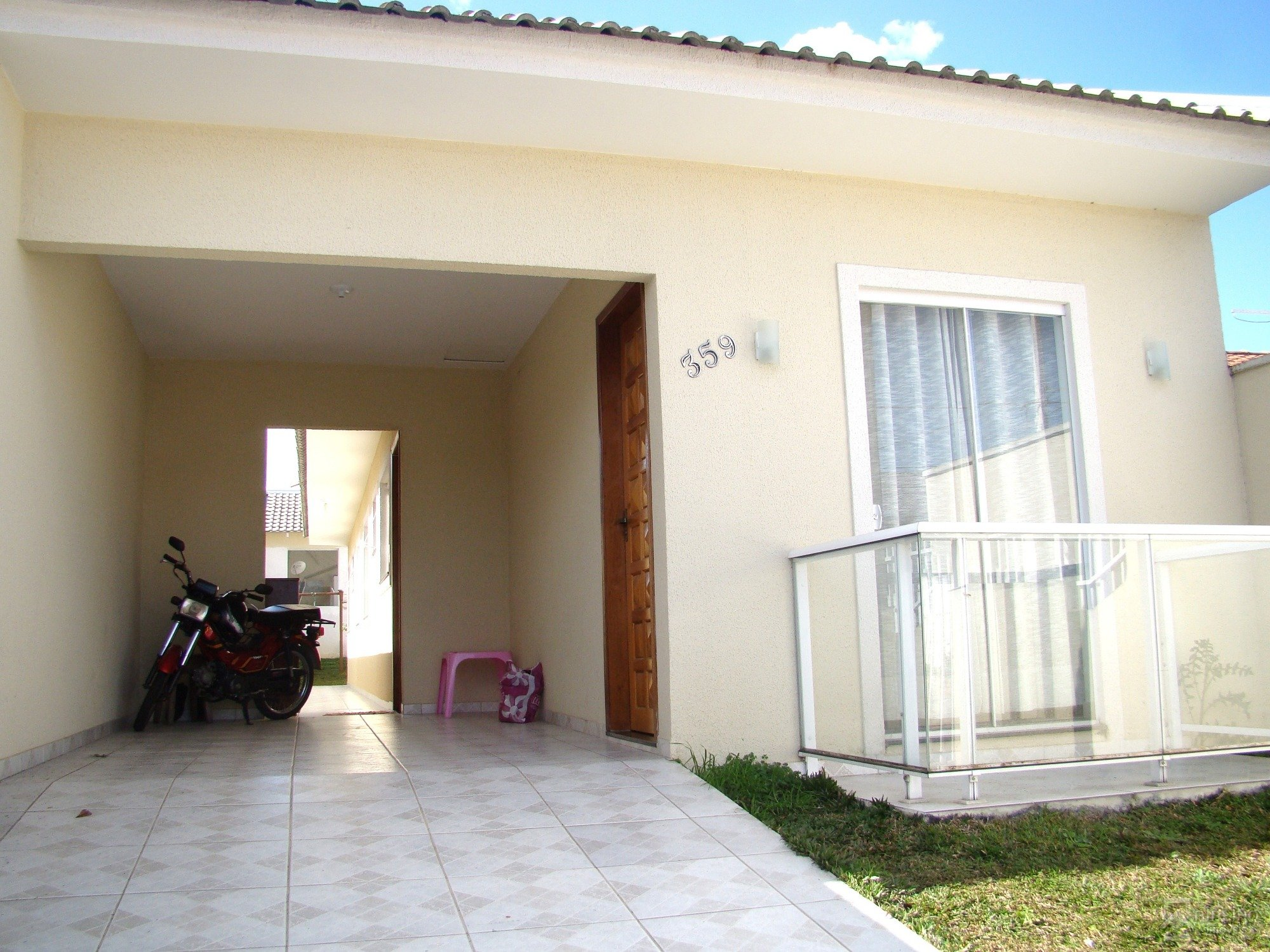 REF. 5163 -  São José Dos Pinhais - Rua  Deputado Arnaldo Faivro Busato, 359