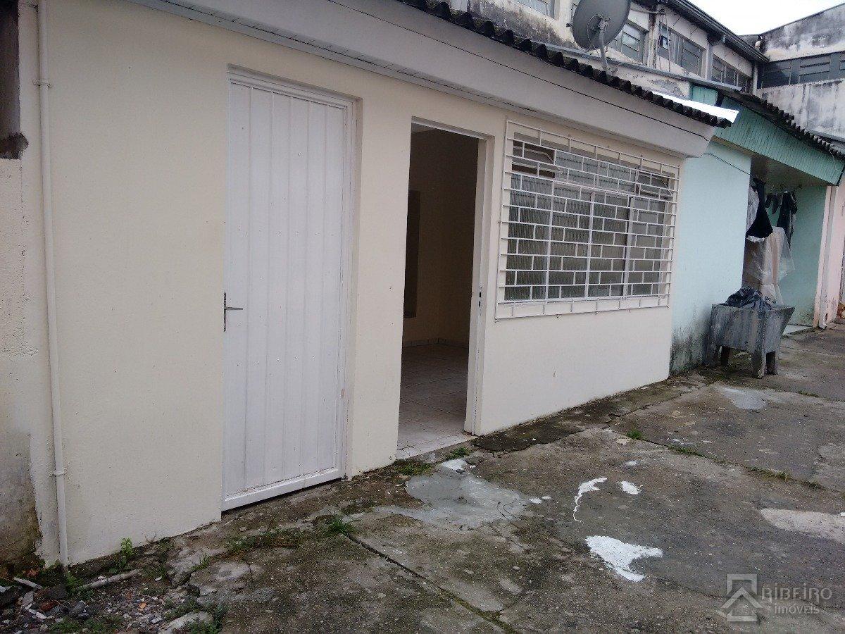 REF. 6531 -  São José Dos Pinhais - Avenida  Castro Alves, 589 - Apto 01