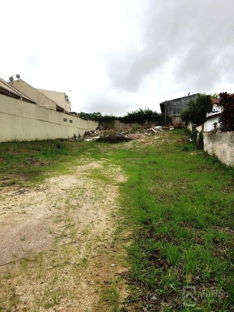 REF. 7237 -  São José Dos Pinhais - Rua  Brigadeiro Arthur Carlos Peralta, 0 - 131