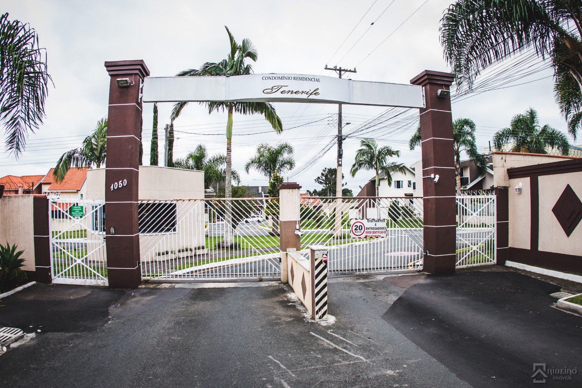 REF. 7429 -  Sao Jose Dos Pinhais - Rua  Luziano Cordeiro, 1050 - Casa 36