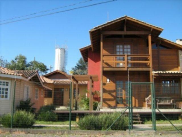 REF. 2054 -  Sao Jose Dos Pinhais - Rua  Pedro Scripe, 51 - CASA 03