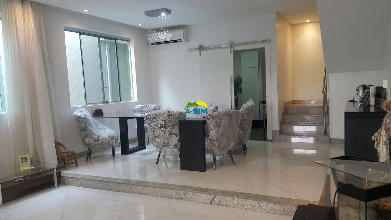 Casa de 210,00m²,  à venda