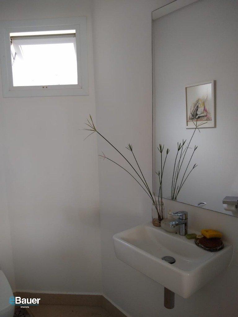 Casa 2 - Banho Sala Jogos