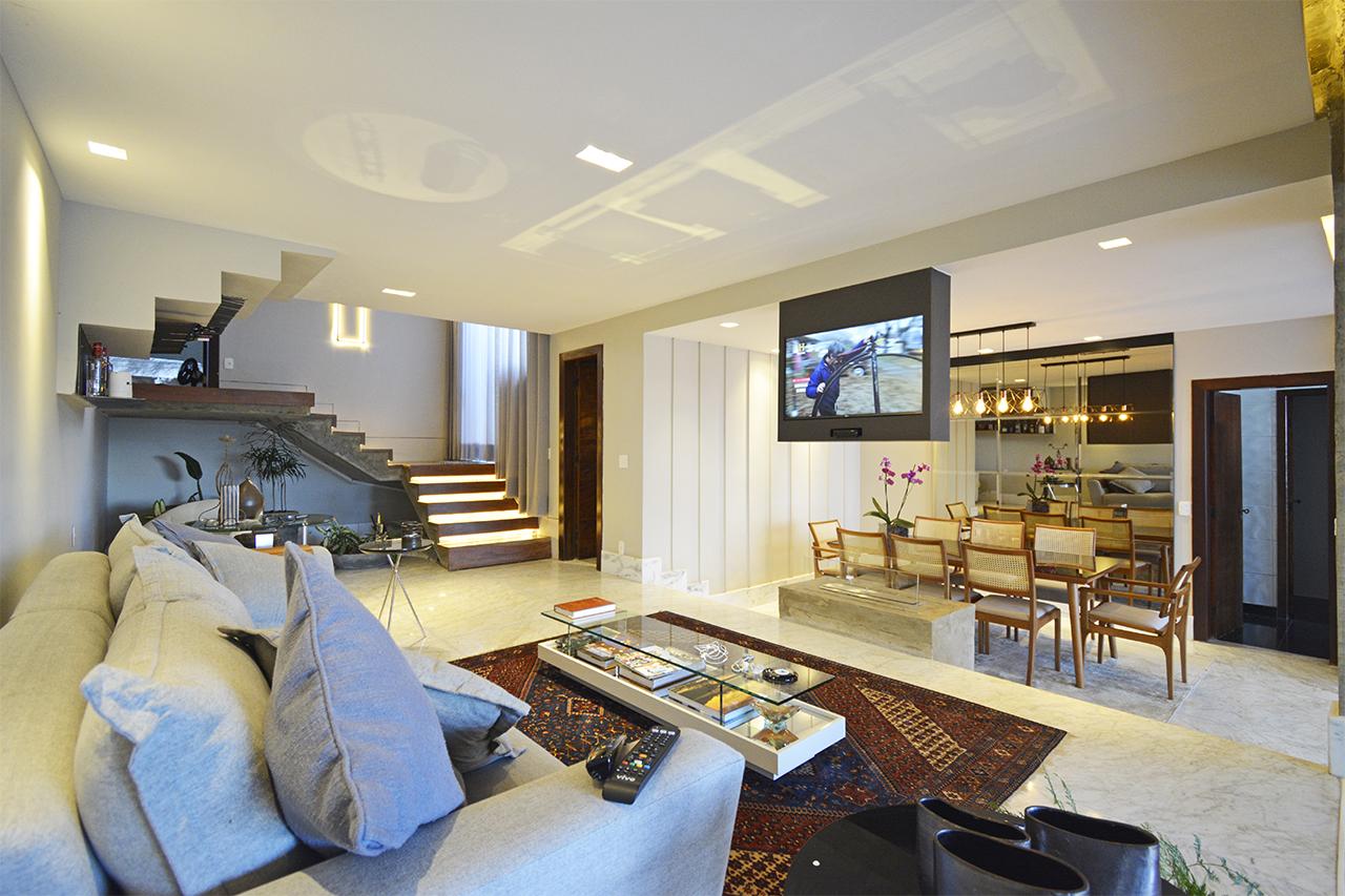 Casa em condomínio de 450m², à venda