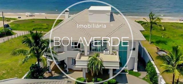 Casa à venda de 5 dormitórios no Centro em Balneário Camboriú