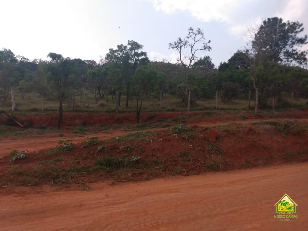 Terreno / Área a venda em pardinho/SP