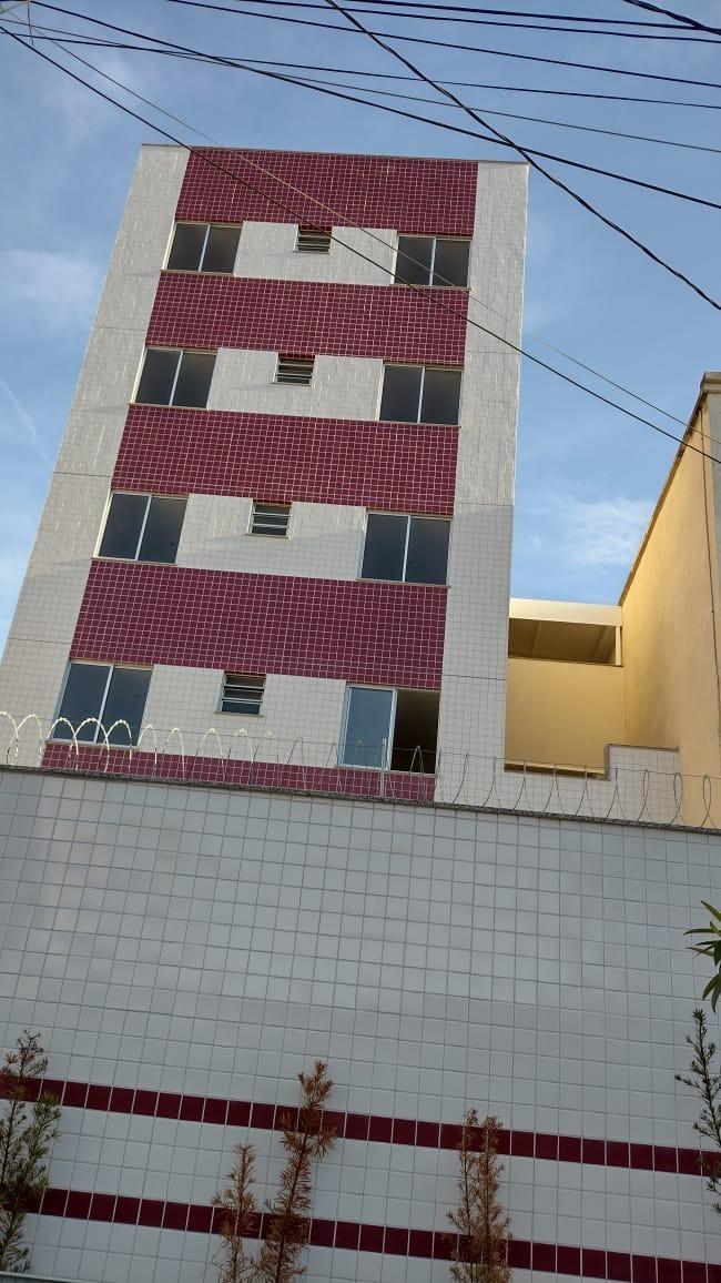 Área privativa de 76,16m²,  à venda