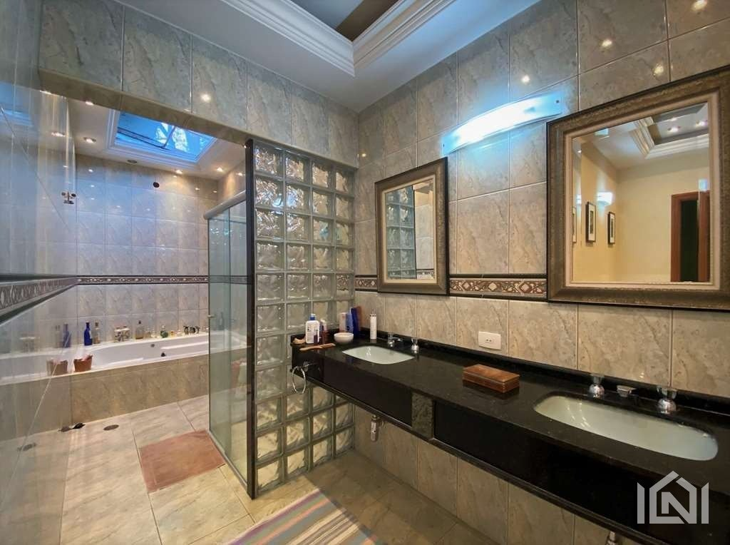 Casa à venda Fazendinha banheiro máster