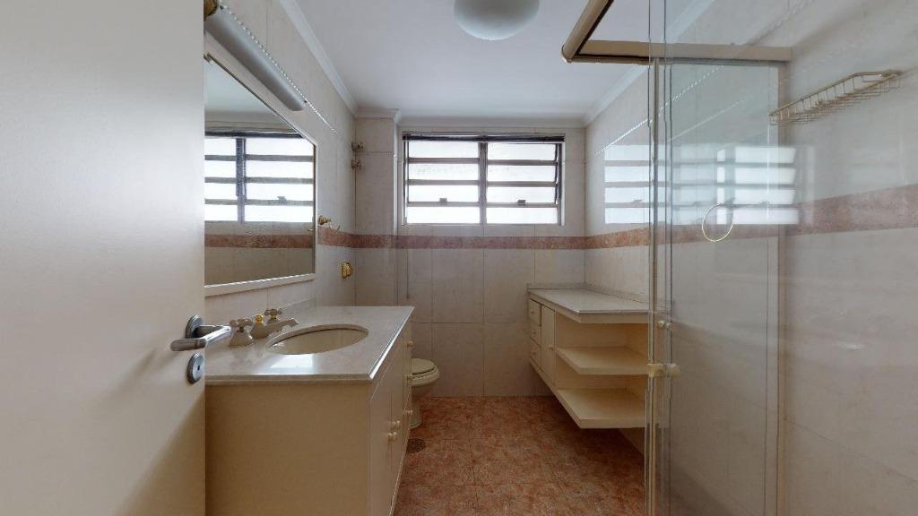 Banho dormitórios 1 e 2