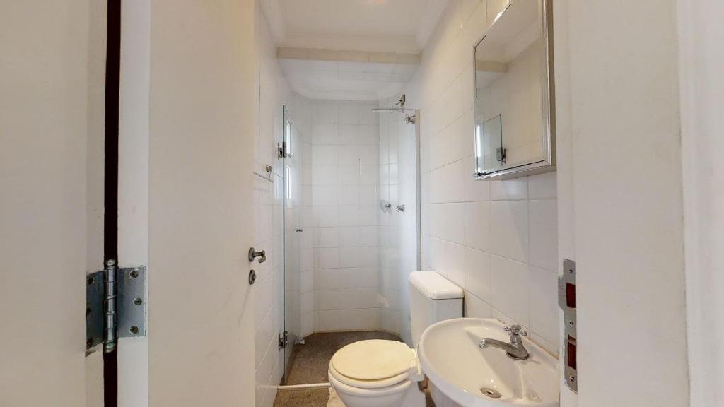 Área de Serviço - Banheiro