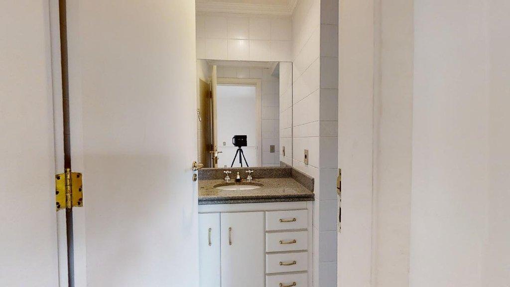 Banheiro Suíte 4