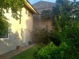 Fachada fundos e Jardim