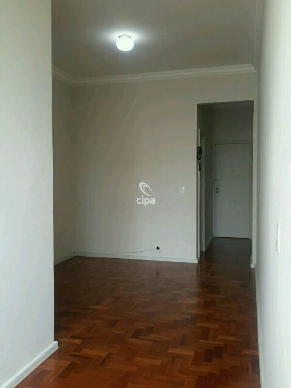 Apartamento em Glória