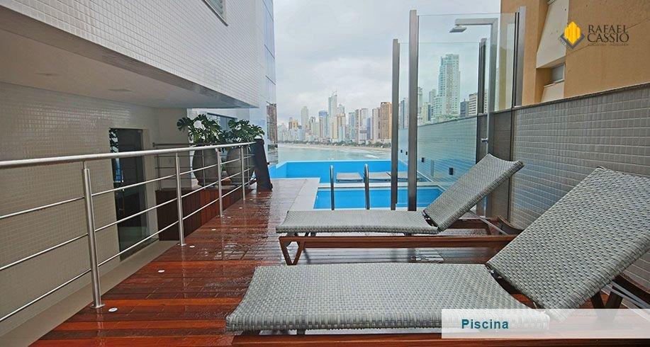220_piscina.png