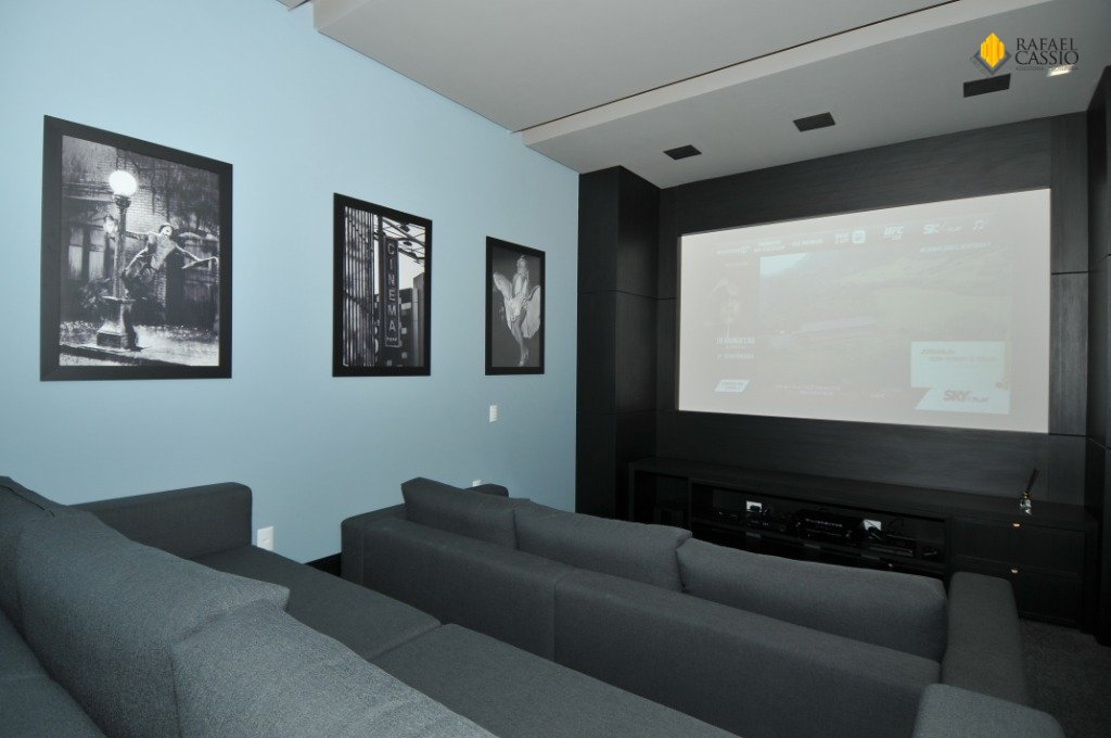 Sala de Cinema com Jogos