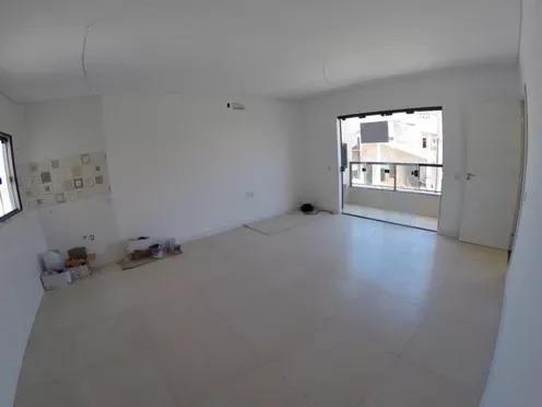 Sala de Estar e Jantar do Apartamento em Piçarras, Rua Pinus