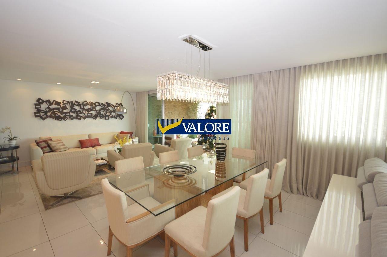 Apartamento de 214,00m²,  à venda