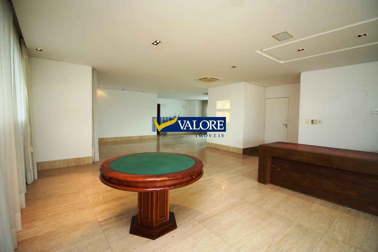 Apartamento de 367,00m²,  para alugar