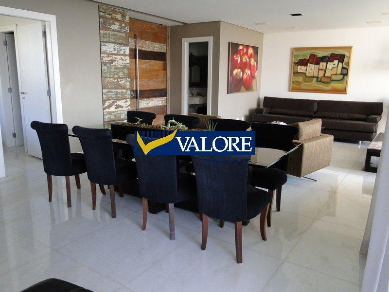 Apartamento de 245,00m²,  à venda