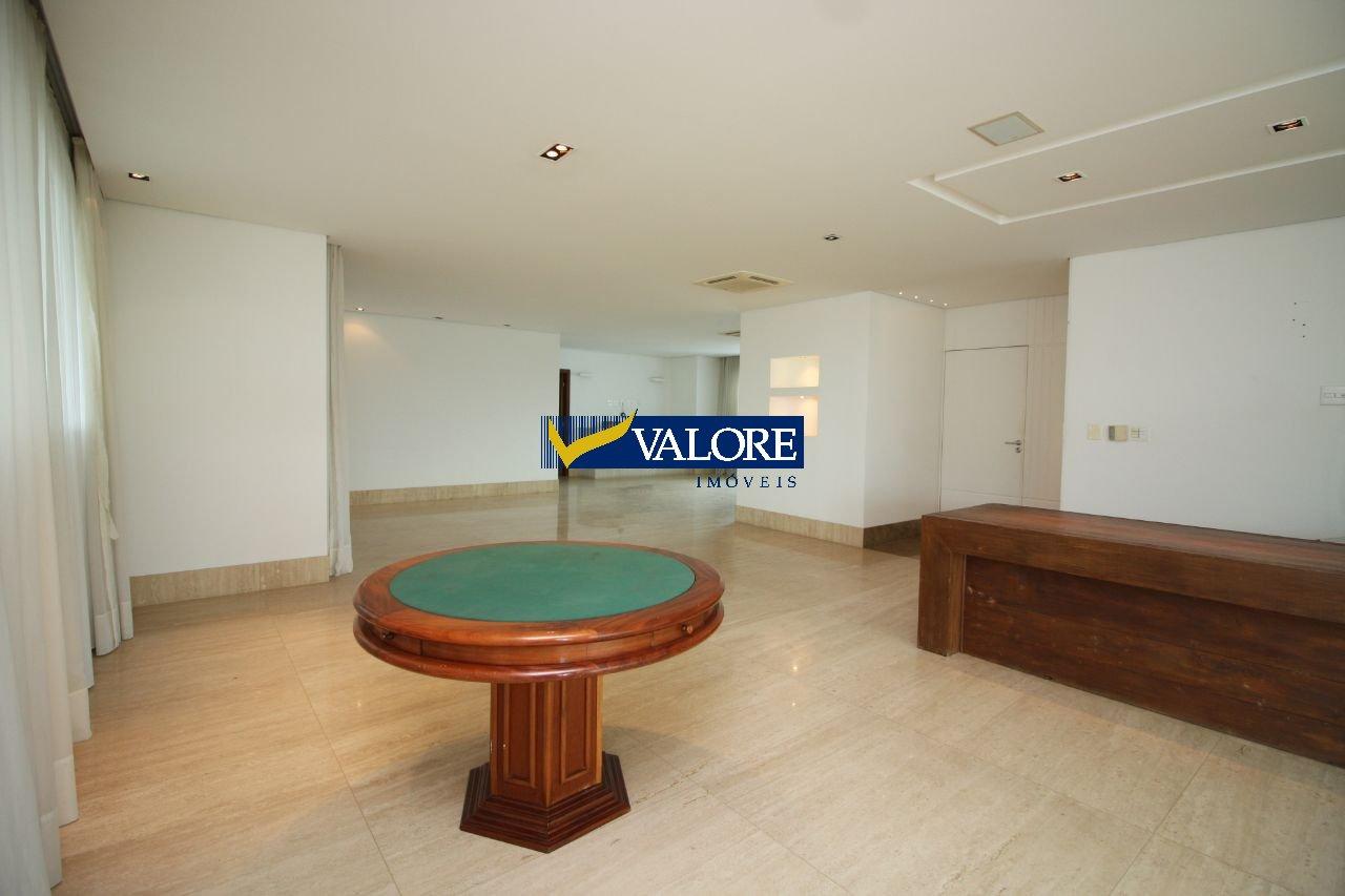 Apartamento de 367,00m²,  à venda