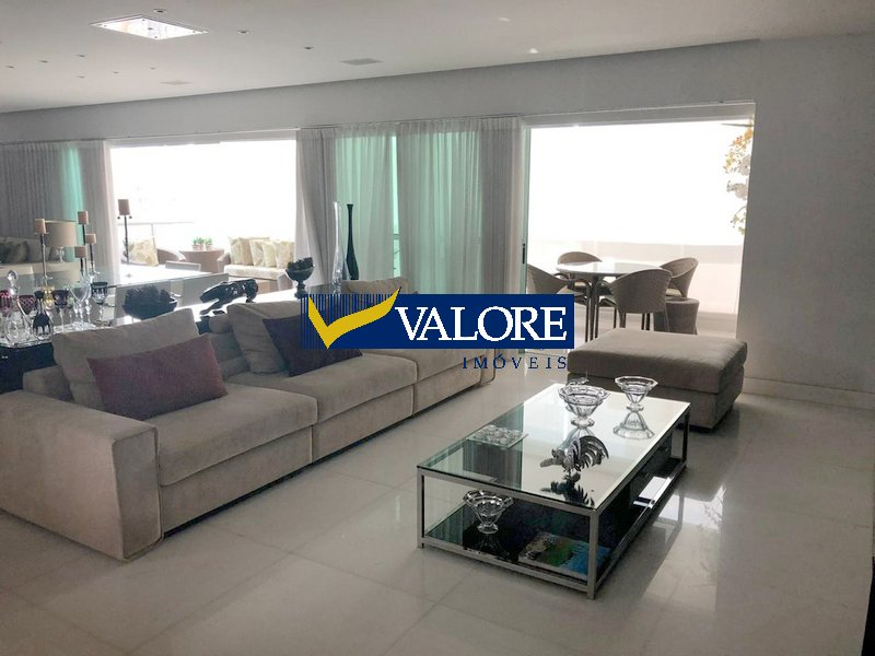 Apartamento de 305,63m²,  para alugar