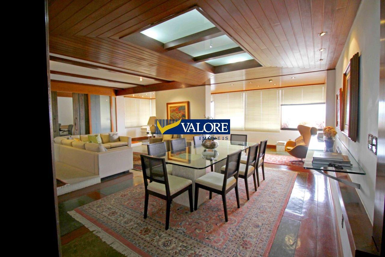 Apartamento de 290,00m²,  para alugar