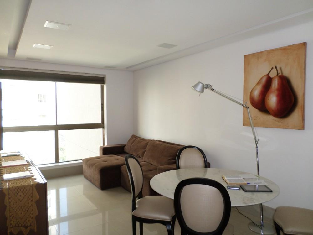 Apartamento de 246,00m²,  à venda