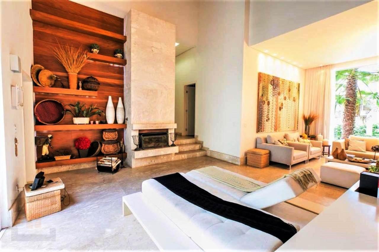 Casa em condomínio de 406,00m²,  à venda