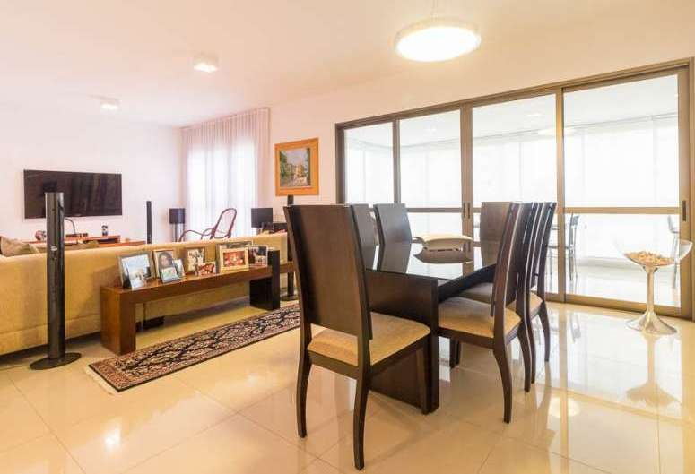 Apartamento de 224,00m²,  à venda