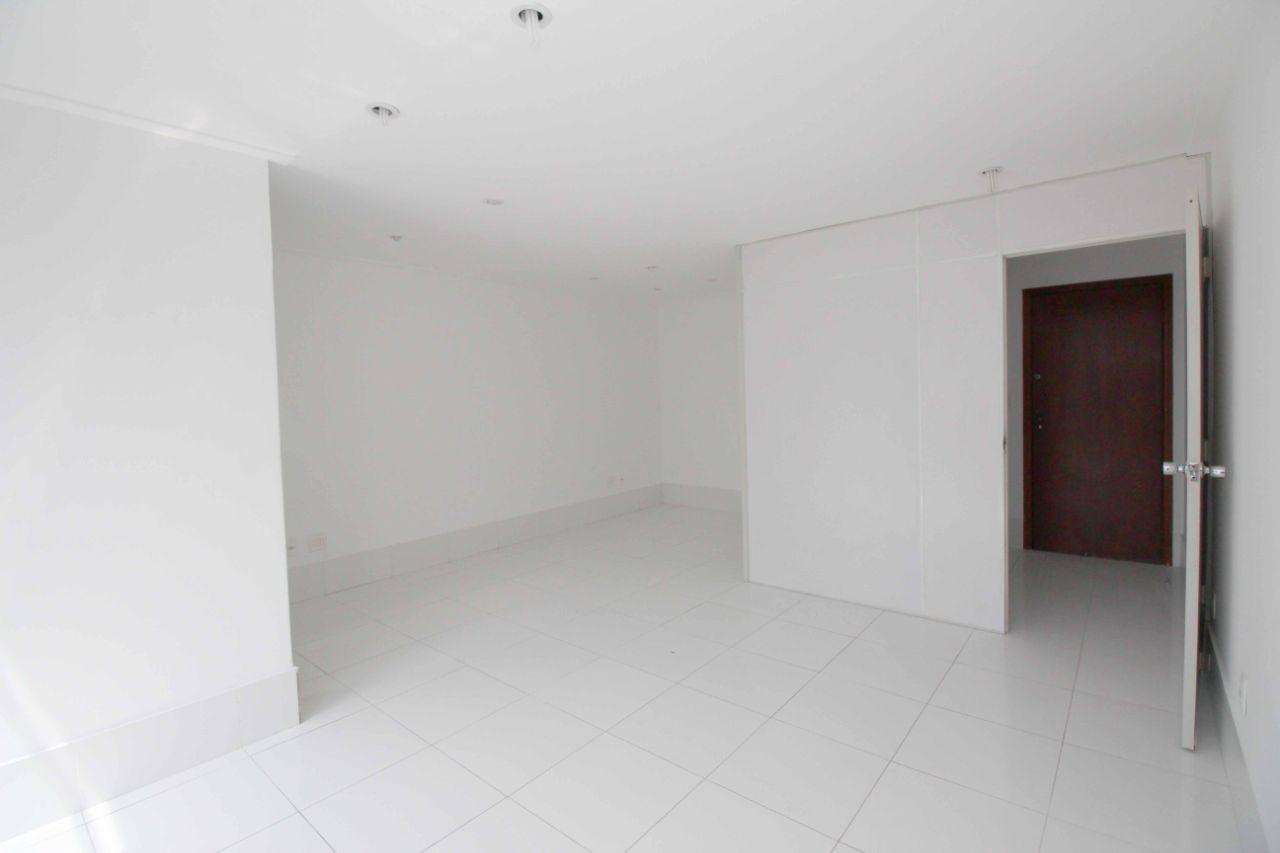 Sala de 32,30m²,  à venda