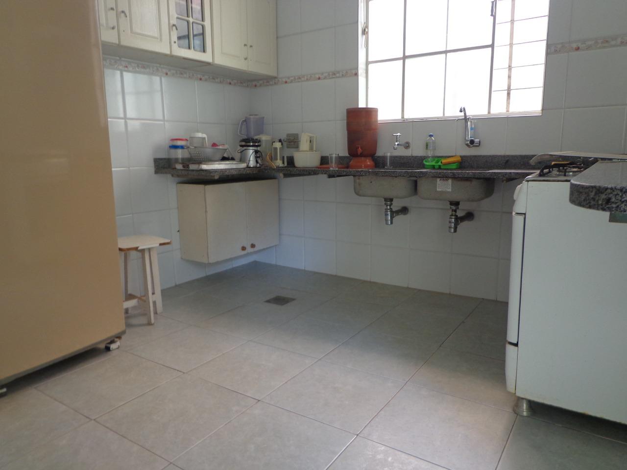 Casa para Venda com 3 quartos em Barroca, Belo Horizonte - COD: 1090