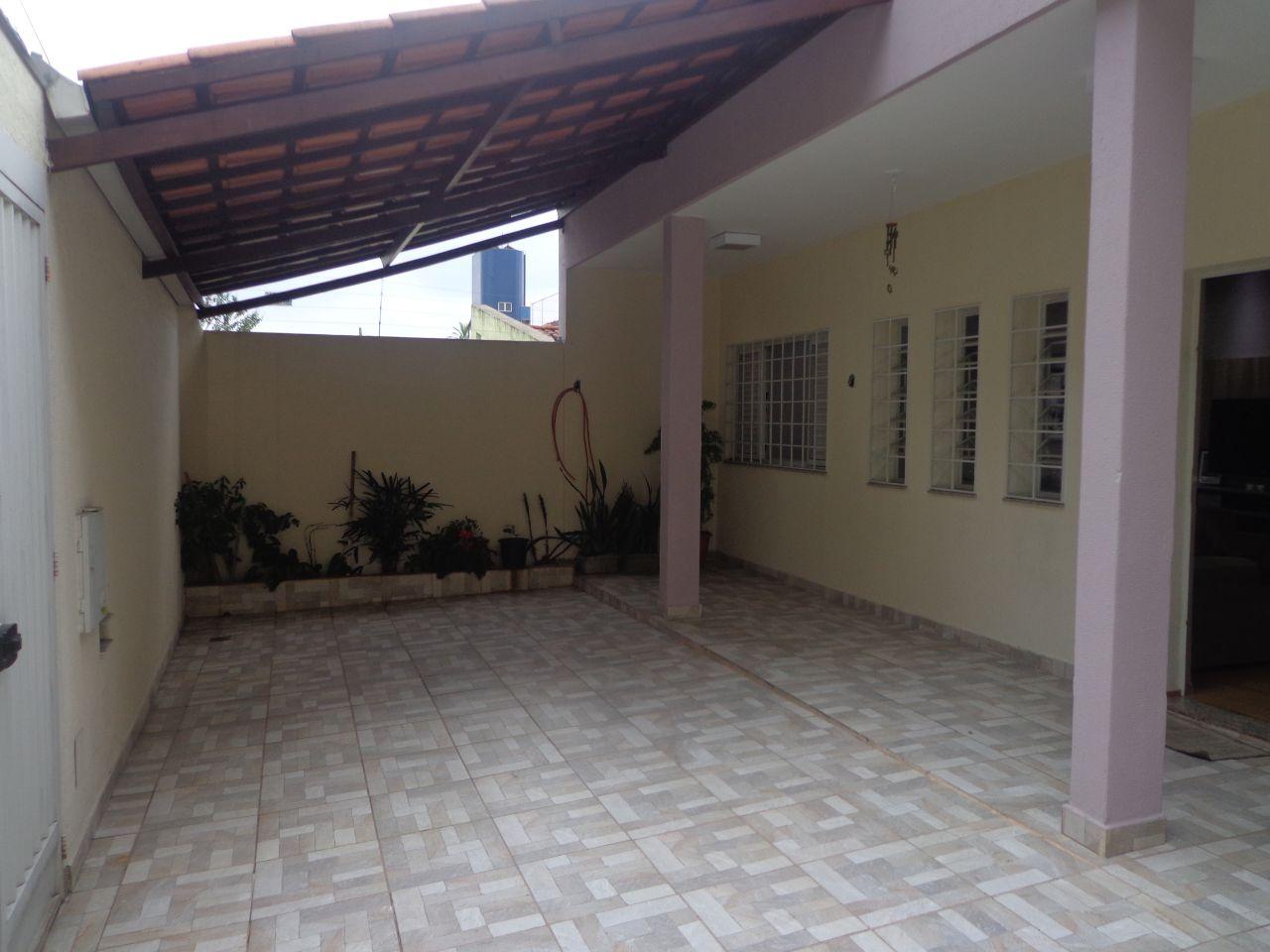 Casa para Venda com 3 quartos em Barroca, Belo Horizonte - COD: 810
