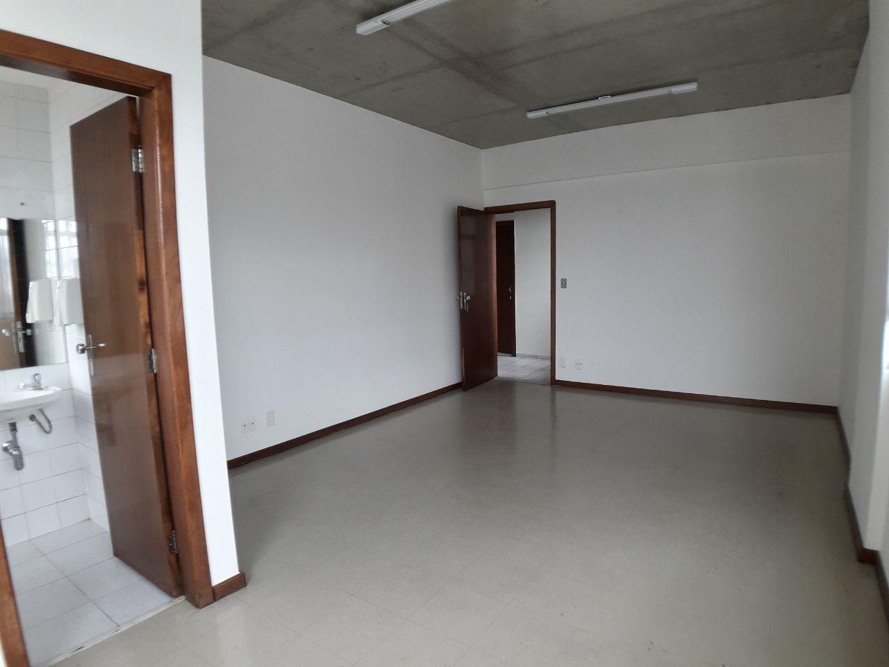 Sala de 27,00m²,  para alugar