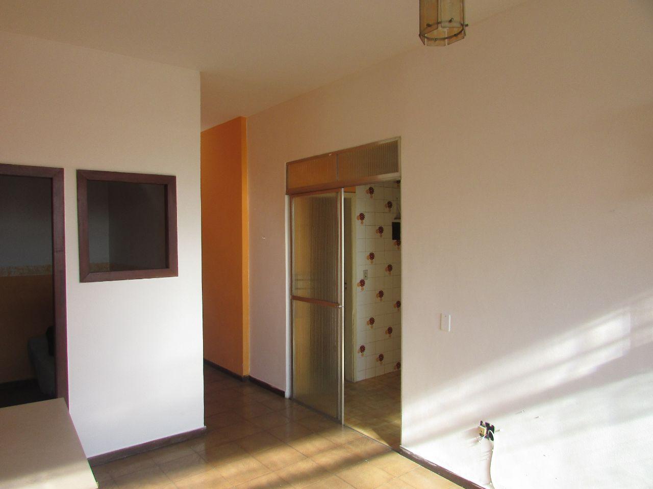 Apartamento para Venda com 1 quarto em Centro, Belo Horizonte - COD: 880