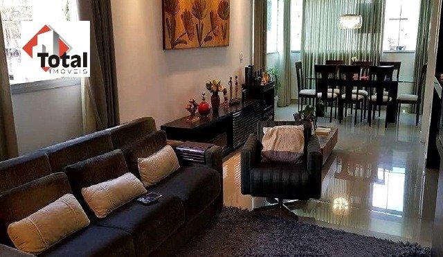 Apartamento de 195,00m²,  à venda