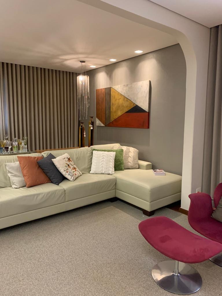 Apartamento de 189,00m²,  à venda