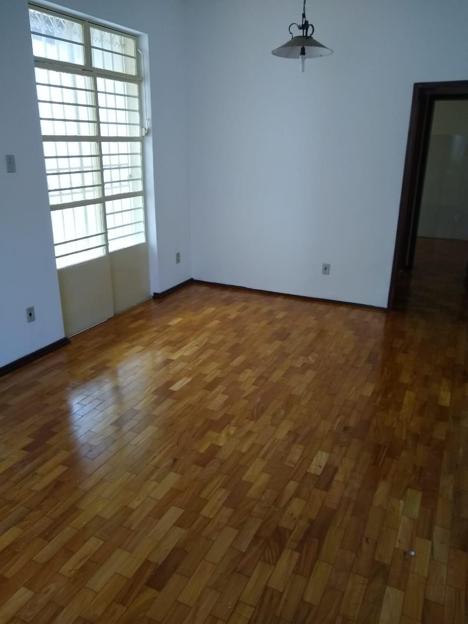 Casa comercial de 360,00m²,  para alugar