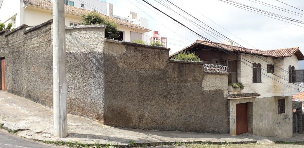 Casa Duplex de 300,00m²,  à venda
