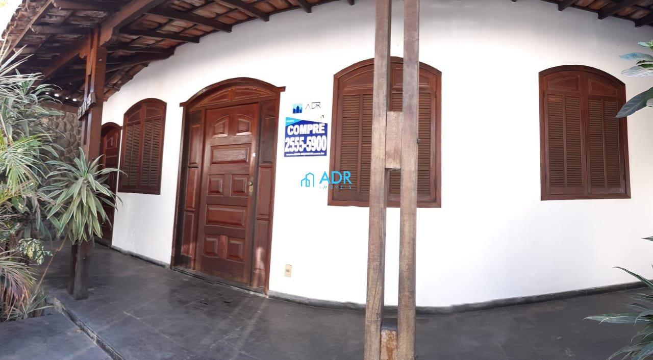 Casa de 374,00m²,  à venda
