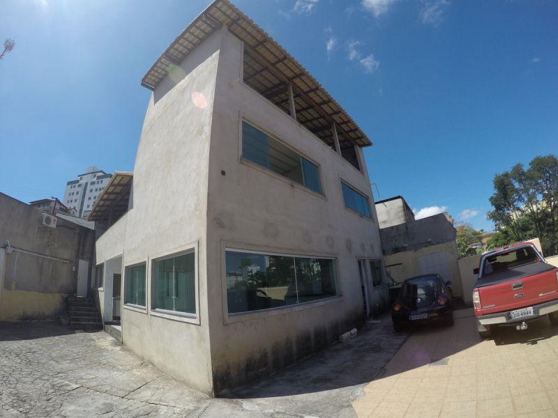 Casa de 439,47m²,  à venda