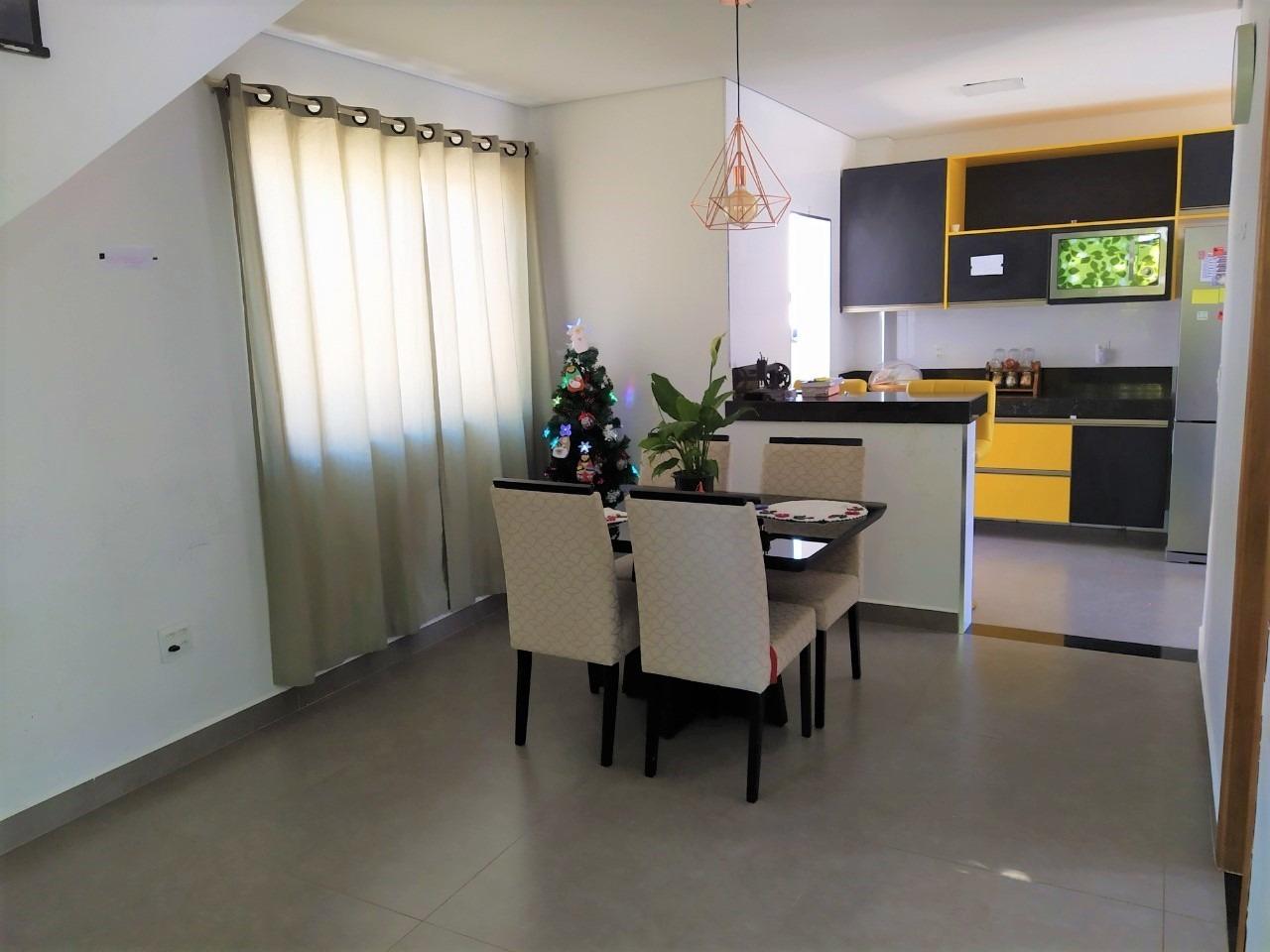 Casa de 181,30m²,  à venda