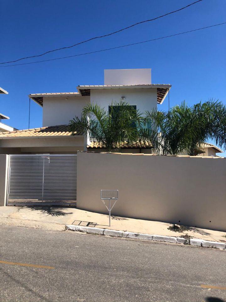 Casa em condomínio de 257,12m²,  à venda