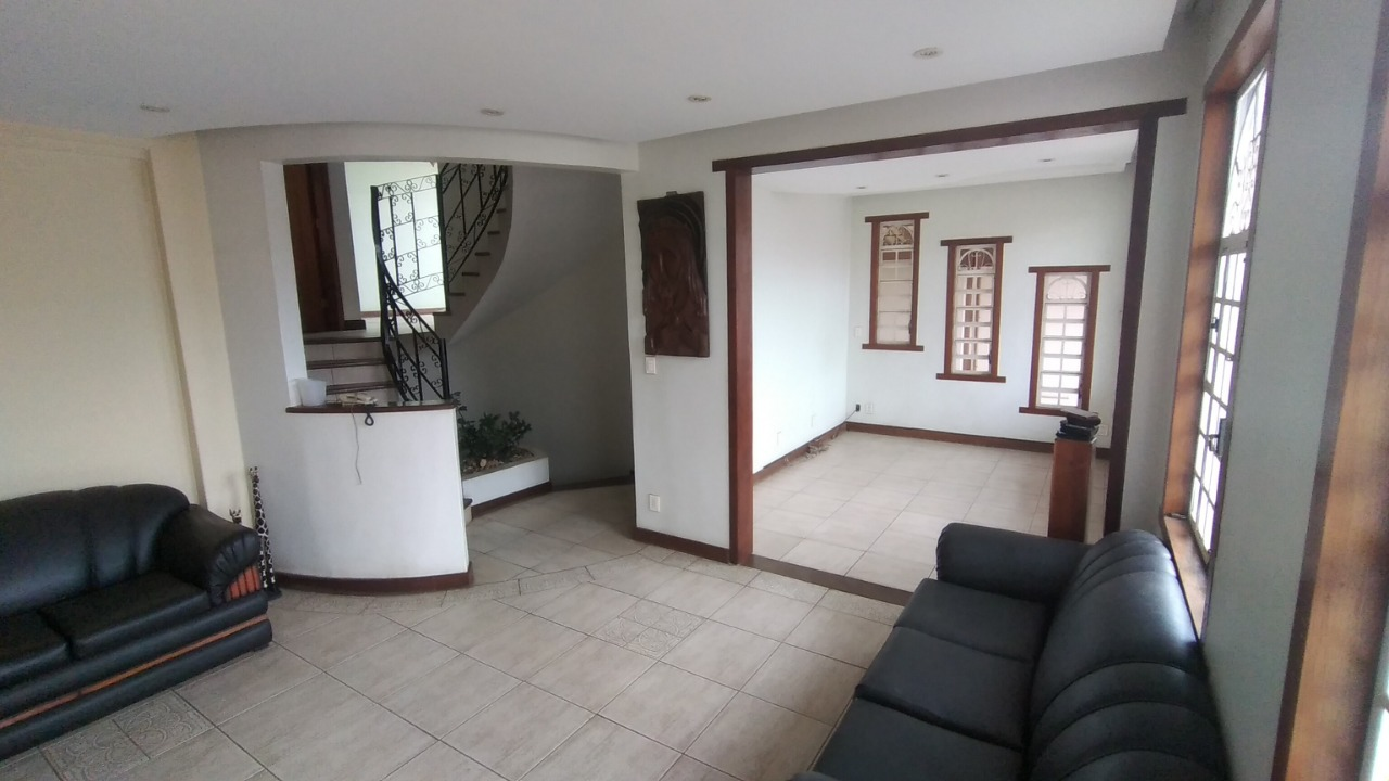 Casa de 470,00m²,  para alugar