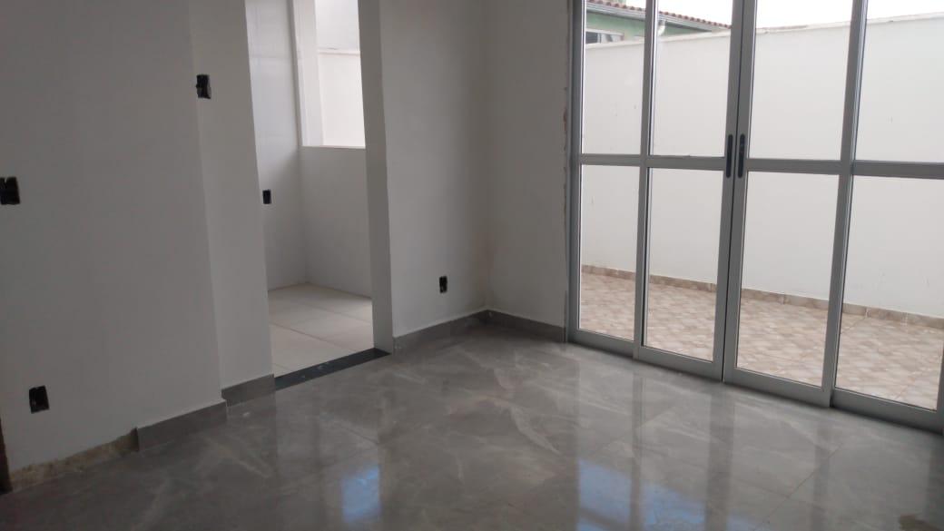 Área privativa de 75,00m²,  à venda
