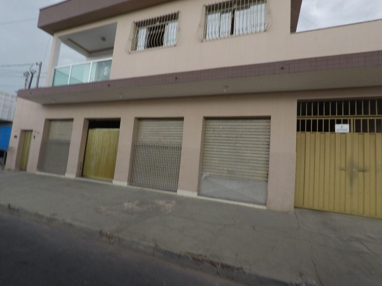 Casa de 355,00m²,  à venda